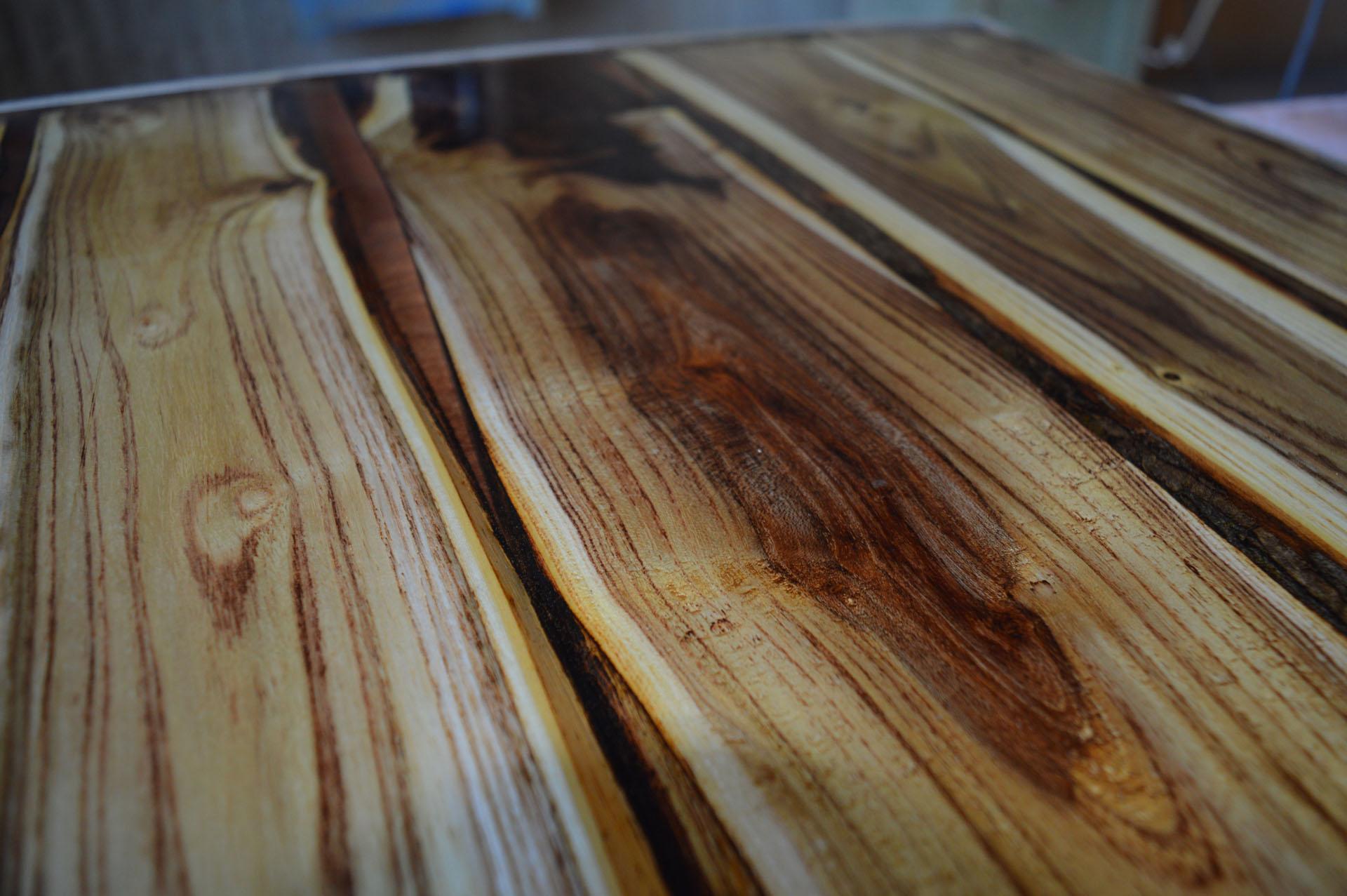 Liquid Glass Ideas – Tables